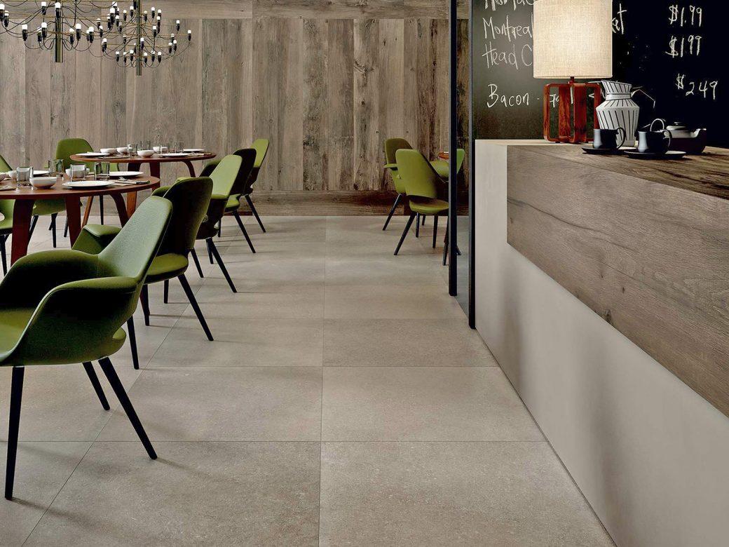 ein bistro mit interessantem mix aus holz und betonoptik granimor. Black Bedroom Furniture Sets. Home Design Ideas